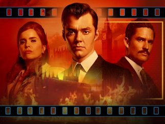 'Pennyworth -  S02-01 The Heavy Crown'  (streaming review)